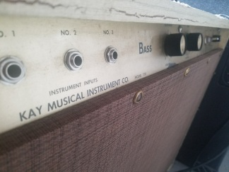 Funky tube bass amp